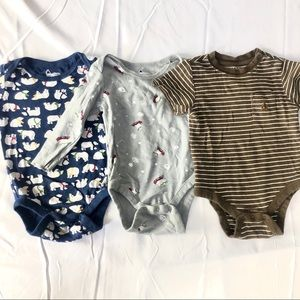 3 baby gap onesies
